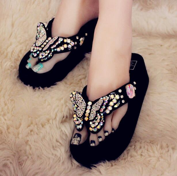 2018 summer new European station thick-bottomed butterfly diamond casual beach womens word slippers