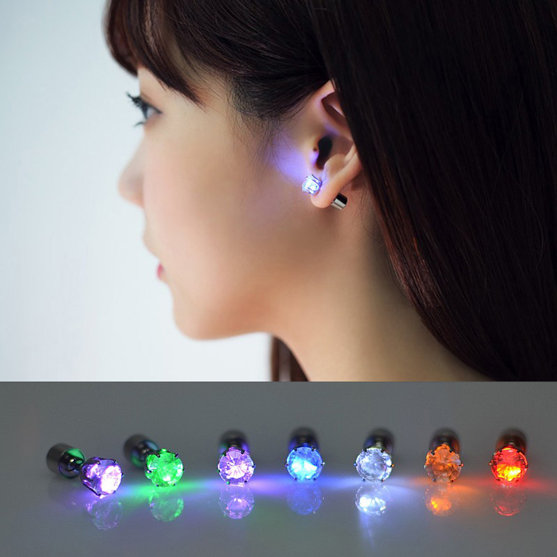 1 Pair Light Up LED Unisex Earrings Studs Flashing Blinking Stainless Steel Earrings Studs Dance Party Accessories 2018