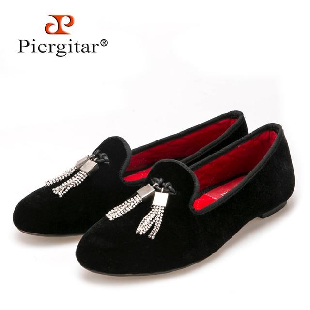 Piergitar/Для женщин бархатная обувь с горный хрусталь кисточкой модные вечерние и свадебные Лоферы Дамская Повседневная обувь на плоской подошве размер США 5-11