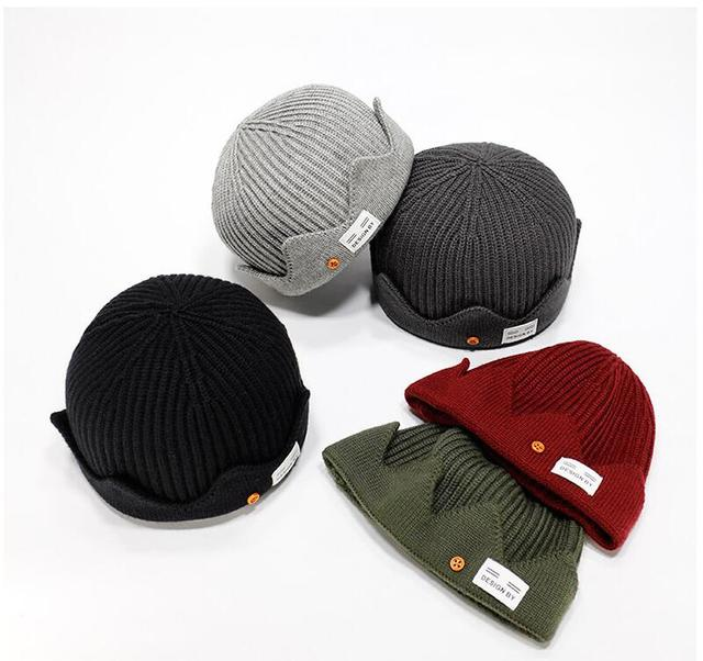 fca856a8a1f New Jughead Jones Riverdale Cosplay Winter Warm Beanie Hat Topic Exclusive Crown  Knitted Women Men Cap