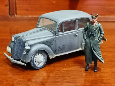 Special 1/35 WWII German Army Armored Group Rommel 1pc(no Car) Resin Kits Good Details