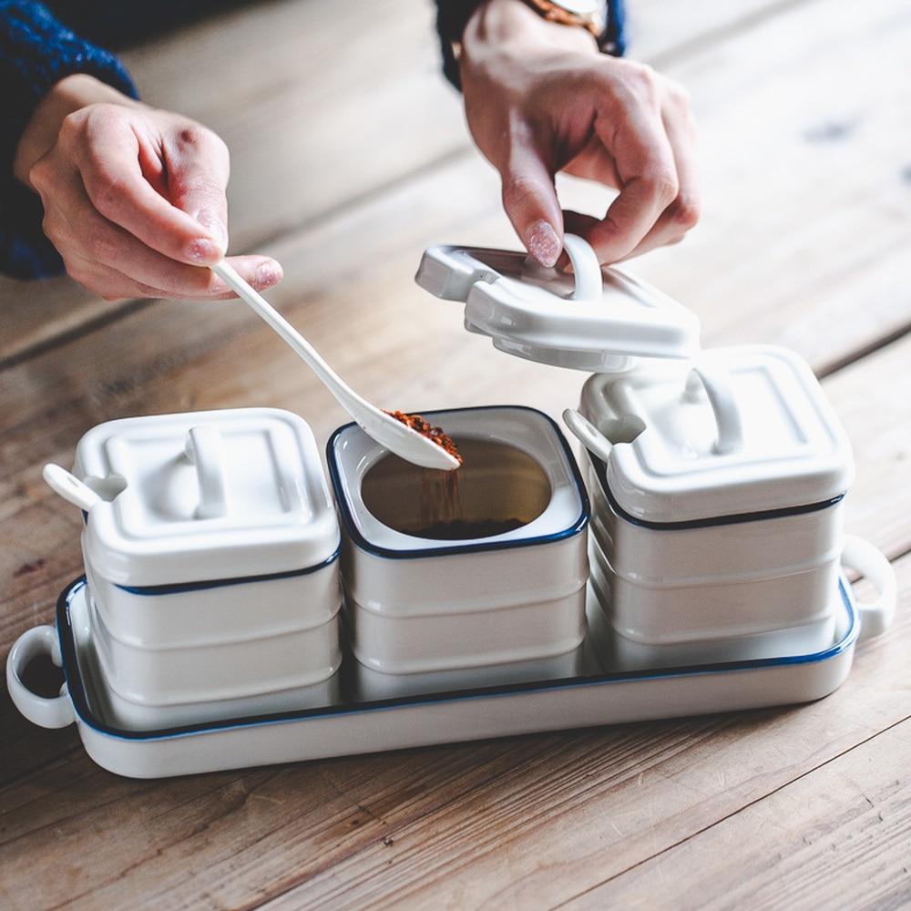 Bord bleu en céramique assaisonnement pot set fournitures de cuisine ménage sucre pot épices condiment boîte trois pièces wx9051547