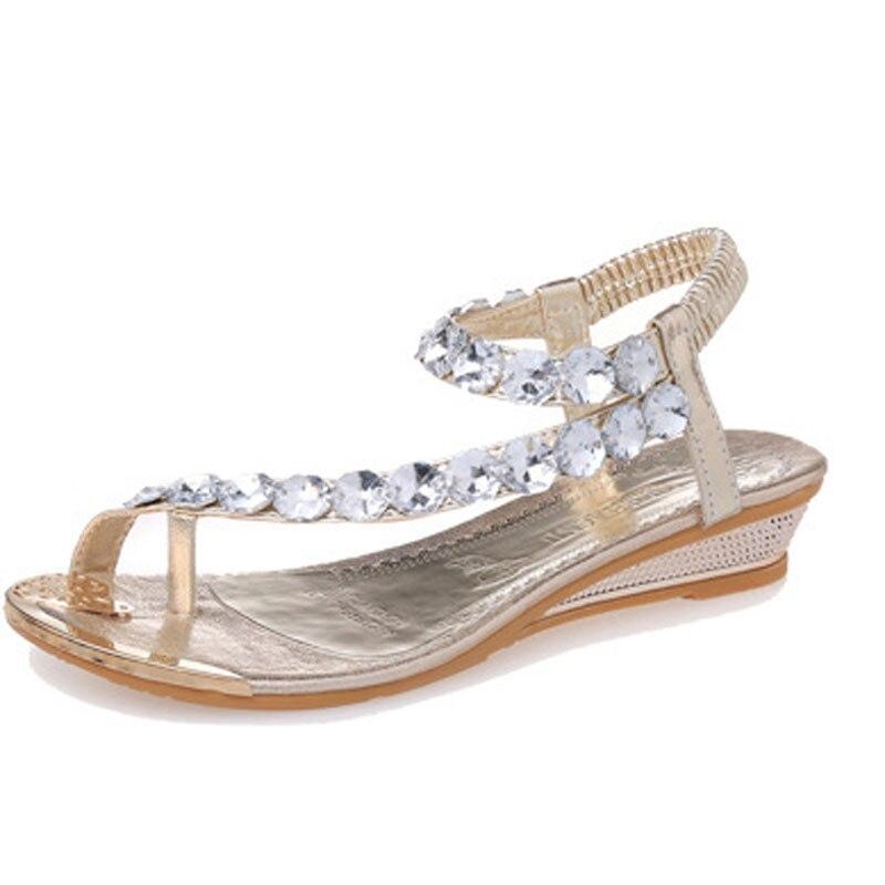 2017 New Bohemian Women Sandals Crystal Flat Heel Sandalias Rhinestone Chain Women Wedge Shoes Thong Flip Flops Shoes bohemian style shells forehead chain