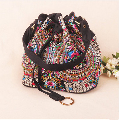 New Multi-use Floral Embroidery shoulder bag!Hot Vintage embroidery shoulder&Crossbody bags Top womens handbag Shopping Carrier
