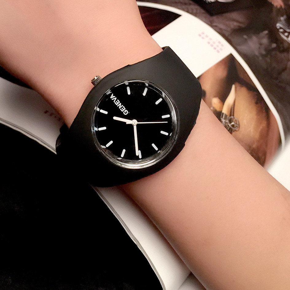 Fashion Women Watch Super soft silicone strap Girls Sport Quartz Watch Geneva Brand Clock Female Casual Analog Wrist Watches kids watches children silicone wristwatches doraemon brand quartz wrist watch baby for girls boys fashion casual reloj