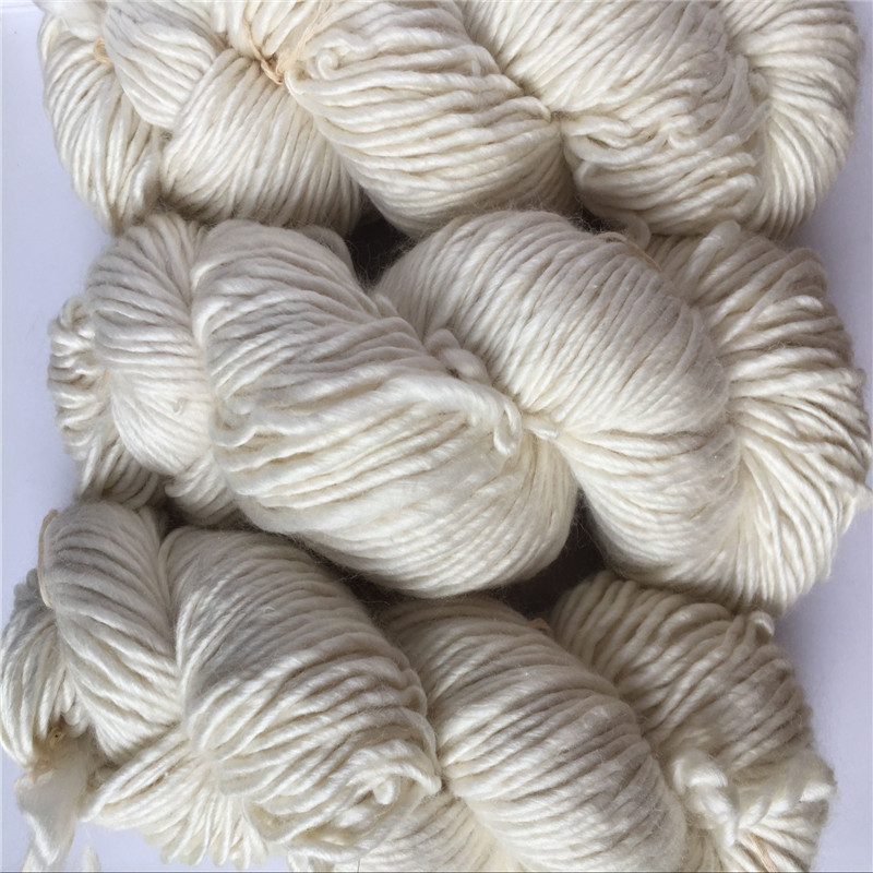 ฟรีshiping 500กรัม/ล็อตundyed 50%ผ้าไหม50% merinoไหมพรมมือผ้าไหมmerinoไอซ์แลนด์เส้นด้าย-ใน ไหมพรม จาก บ้านและสวน บน   1