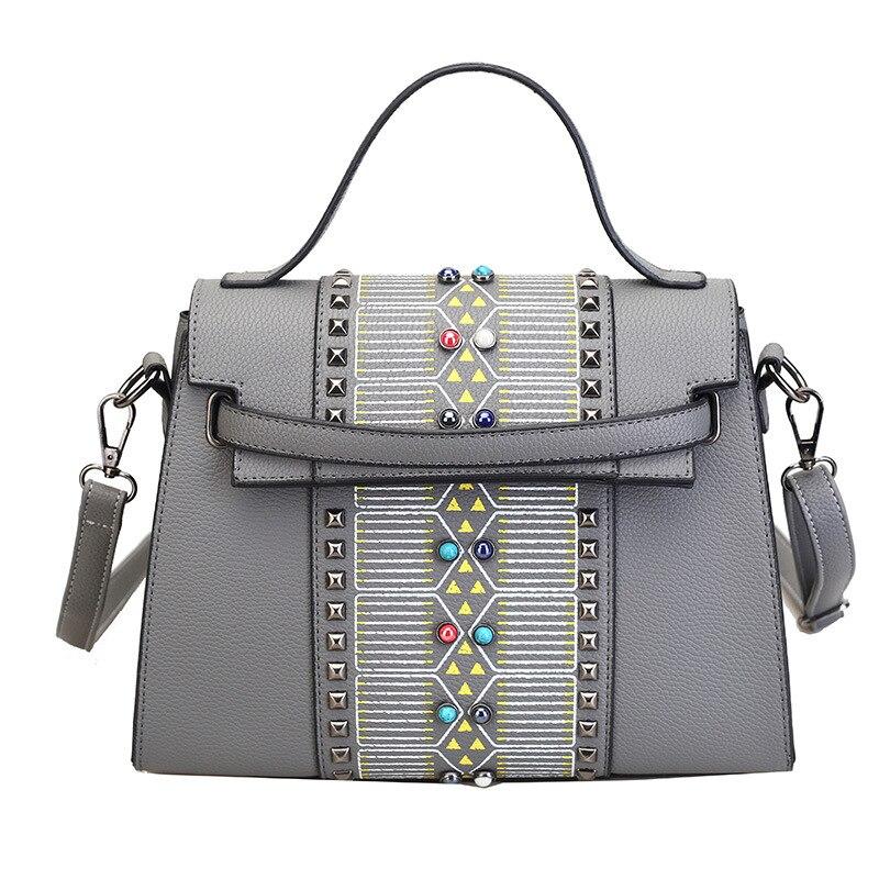 2016 Winter New Rivet Women Handbag Fashion America And Europe PU Shoulder Bag Brand Designer High Quality Female Crossbody Bag