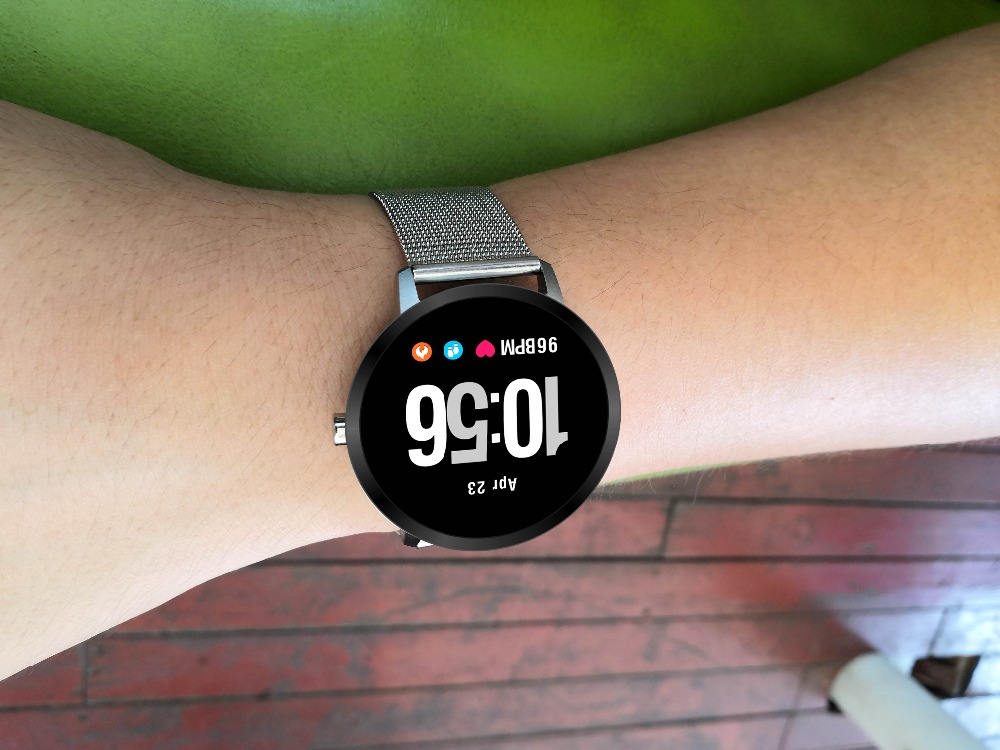 15 Podomètre montre intelligente Fitness Tracker