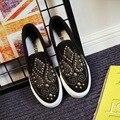 Классический Белый Черный Новый 2017 Мода Заклепки Высокой Платформе Женская Обувь Slip On Повседневная Обувь Холст Дышащий Весна Осень D233