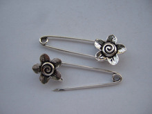 20 x antique Silver Large Metal Kilt Safety Swirl Flower Pin Brooch Jewelry Craft