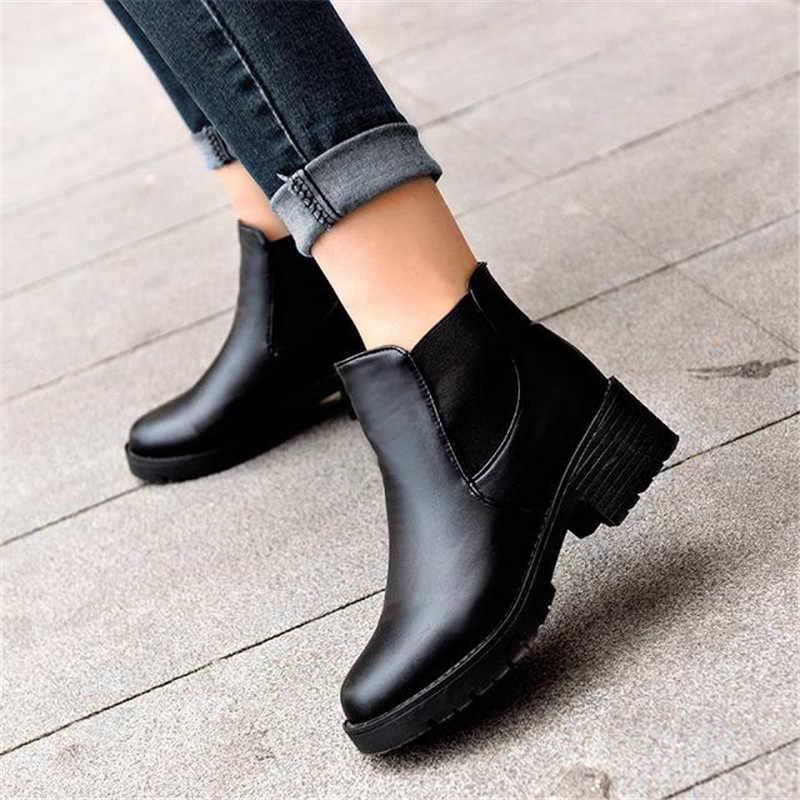 2018 novo estilo das mulheres Da Forma Quente botas de cabeça Redonda de fundo grosso couro PU mulher botas à prova d' água