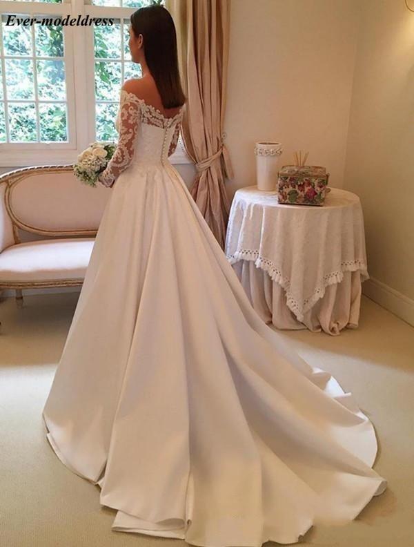 2018-newest-v-neck-long-sleeve-wedding-dresses-button-up-back-chapel-train-lace-bridal-wedding-gowns-bride-dresses-vestido-de-novia2_conew1