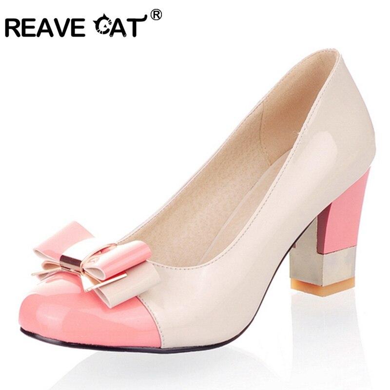 REAVE CAT Plus size 34-43 Hot 2017 Candy Color Women Pumps Shallow Color Block Thick High Heels Shoes Bowtie Pink Working Shoes plus size oblique zipper color block hoodie
