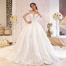 Luxury Ball Gown lace wedding dress Off Shoulder Long Court Train 2019 New bridal Dress lovely tulle ball gown wedding dress 2019 new sweetheart lace appliques off shoulder court train princess church bridal dresses
