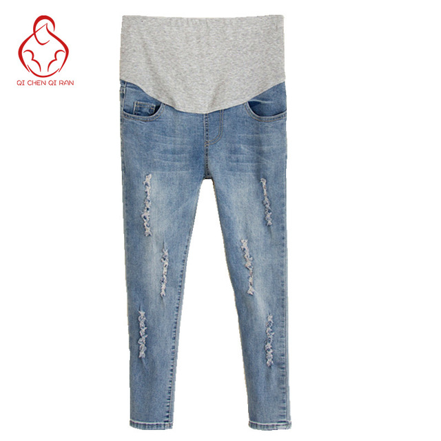 b3f70772e Nuevos pantalones vaqueros agujeros de las mujeres embarazadas las mujeres  embarazadas pantalones cortos de verano pantalones
