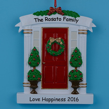 Wholesale Resin Red Home Door Christmas Ornaments With Wreath And Pine Tree As Personalized Gifts For Holiday and Home Decor