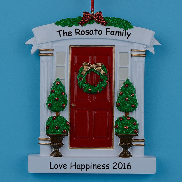 Wholesale Resin Wreath And Pine Tree Red Door Personalized Christmas