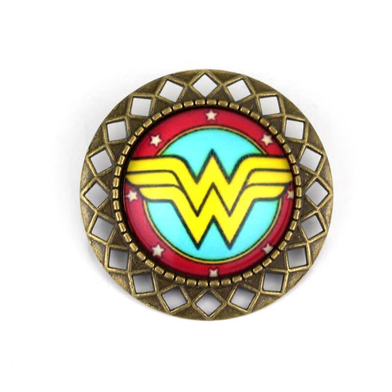 Wonder Woman Alloy Plated Retro Badge Brooch Pin