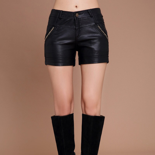 2015 new  autumn and winter women shorts.Slim thin PU leather shorts  Big yards boot short pants