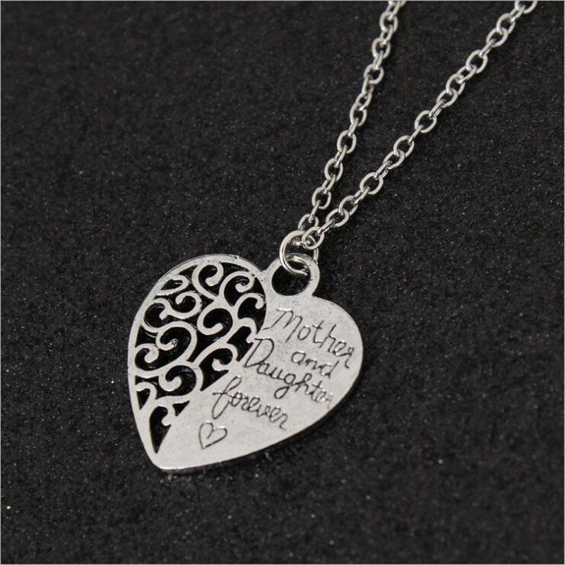 2020 Mother's Day Gift Heart Shape Pendant Necklace for Women Mom Retro New Hollow Carving Necklace Choker Link Chain Jewelry image