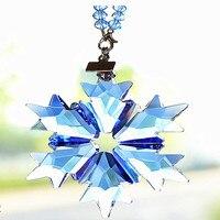DIY Multicolor boże narodzenie Snowflake szklana wisząca wisiorek kryształ Suncatcher Prism żyrandol części ozdoba strona dekoracji w Kryształowy żyrandol od Lampy i oświetlenie na