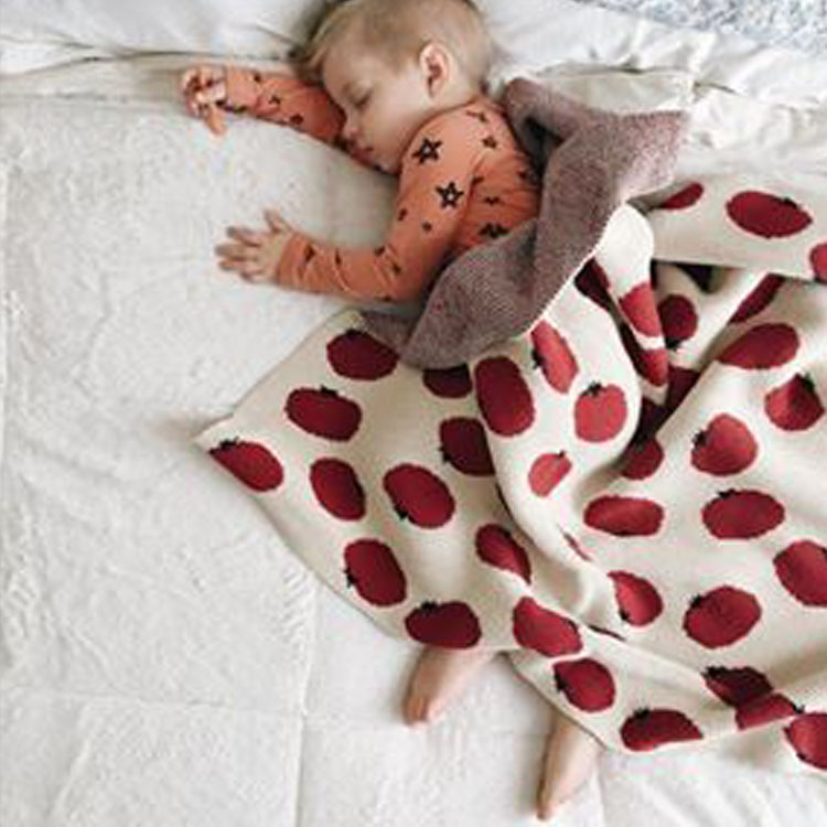 Nordic Style Combed Cotton Knitting Baby Blankets Cherry Tomatoes Pattern Soft Baby Bedding Air Conditioning Blanket цена 2017