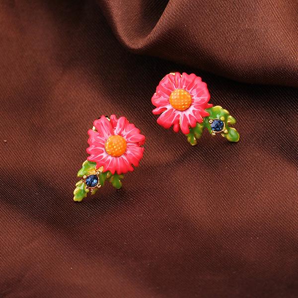 Les Nereides Esmalte Do Parafuso Prisioneiro Para Senhoras Jóia Margaridas Flores Folhas Verdes Moda Luxo Partido Jóias Acessórios