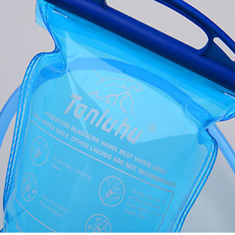 Image 5 - Aokali Sports Water Bag Outdoor Camping Hiking Portable Drinking Set 2L Folding Light Water Bag Bottle-in Water Bags from Sports & Entertainment