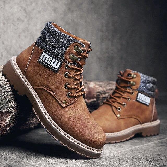 أزياء الرجال الأعمال حذاء كاجوال مارتينز حذاء من الجلد أحذية عمل عالية أعلى حذاء للسير مسافات طويلة حذاء الثلج عالي الرقبة دافئ