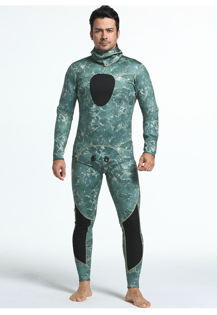 b20c5f3b4a758 3mm Camouflage Long Sleeved Fission Hooded Two Pieces Of Neoprene ...