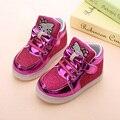 8 Niños zapatos Zapatos Del Bucle Del Gancho LED Iluminado de color Niños Sneakers Niños glowing Led Transpirable Zapatillas Pisos Niñas zapatos