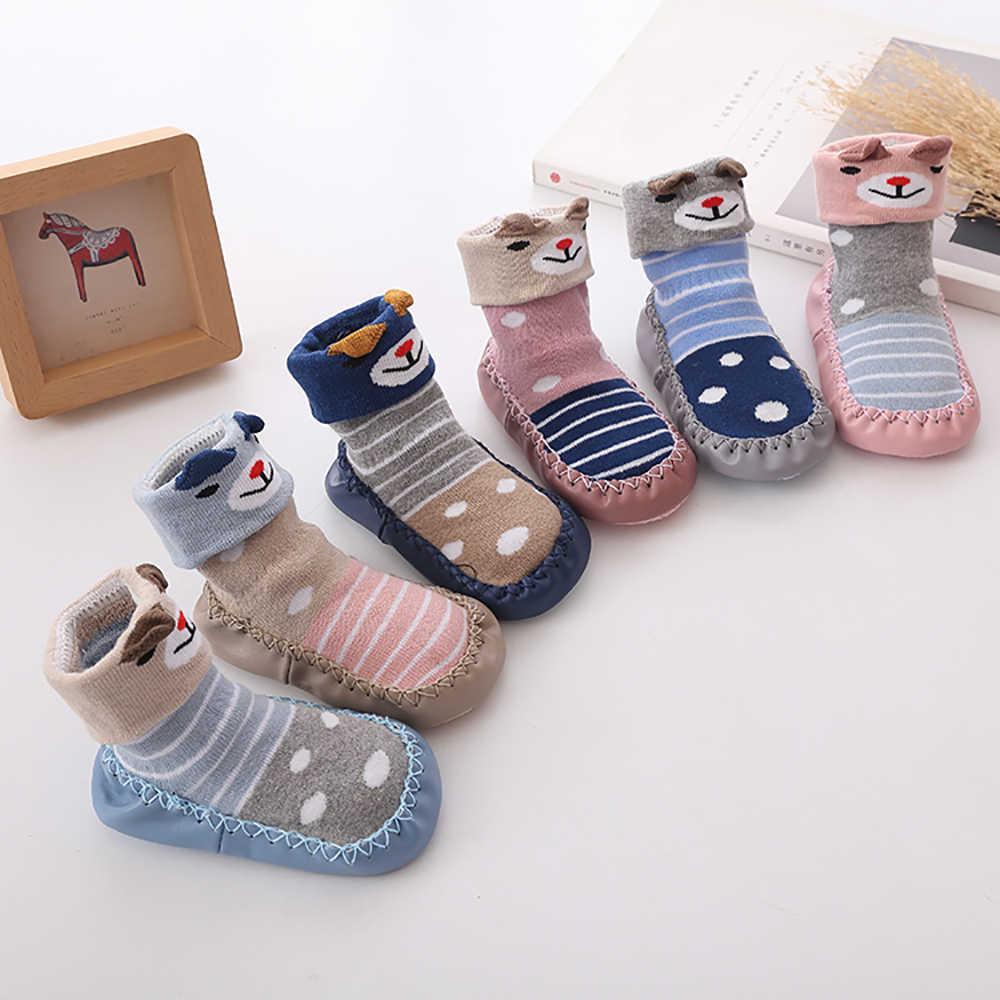 Primavera y otoño invierno calcetines de dibujos animados bebé pasos antideslizante cuero SUELA algodón niños suelo calcetines bebé calcetines recién nacido