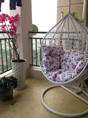 Cheap Rattan Hanging Chair Indoor And Outdoor Balcony Swing Rocking