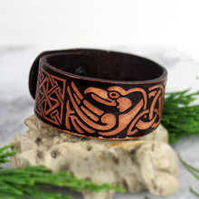 Brown Viking Ravens of Odin Leather Bracelet Norse Birds Eagle Wrist Cuff Celtics Knot Wristband Nordic Amulet Jewelry(China)
