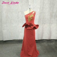Sexy One Shoulder Red Mermaid Bridesmaid Dresses 2018 Gold Appliques Simple Floor Length Party Gowns Robe De Soiree Prom Dress