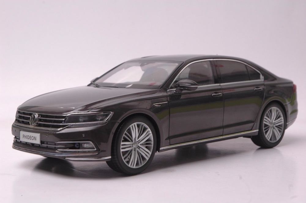 1:18 Diecast Model for Volkswagen VW Phideon 2016 Brown Alloy Toy Car Miniature Collection Gift масштаб 1 18 vw volkswagen new cross polo 2012 diecast модель автомобиля оранжевый