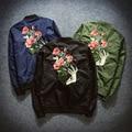 2016 Primavera Mulheres Jaqueta Bomber Flor Bordados Casais Jaqueta Chaquetas Mujer Mulheres Casaco Oversize Casaco Fino Outwear A113