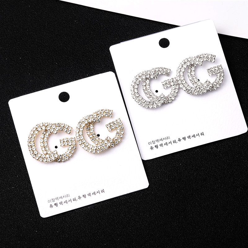 stud earrings (1)