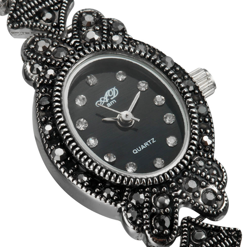 New Fashionable Elegent Black Analog Lady s Bracelet Quartz Wrist Watches Gift LL