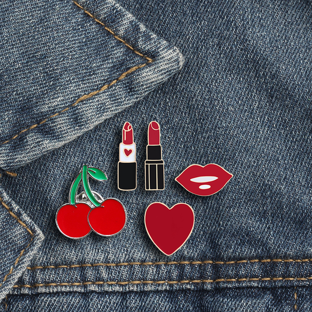 Women Brooches Lipstick Lip Love Heart Cherry Enamel Pins Fashion Sexy Brooch Clothes Lapel Button Metal Pin Jewelry Accessories
