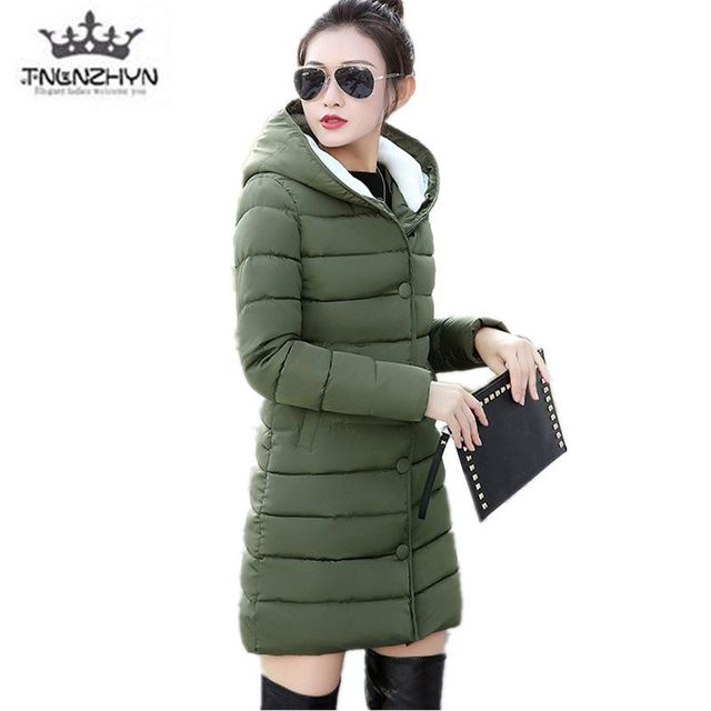 Tnlnzhyn 2018 الشتاء المرأة معطف كبير الحجم بلون رشاقته الشتاء الدافئ القطن أسفل سترة عارضة أزياء النساء سترة معطف