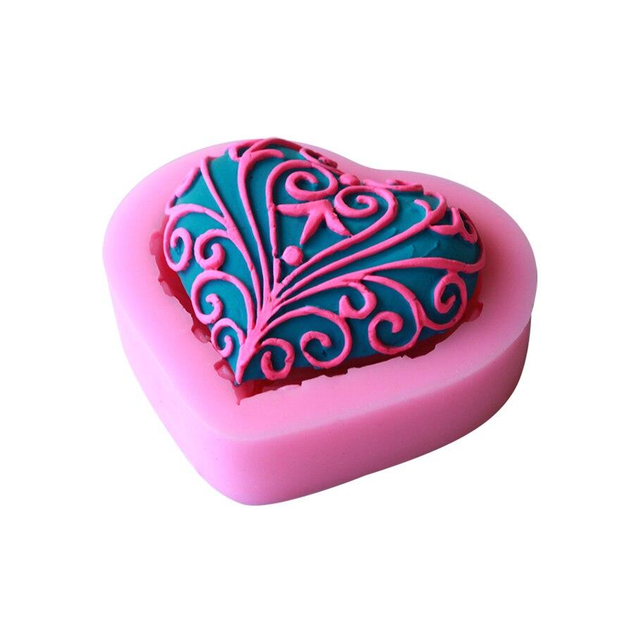 Heart Shape Cake Decoration