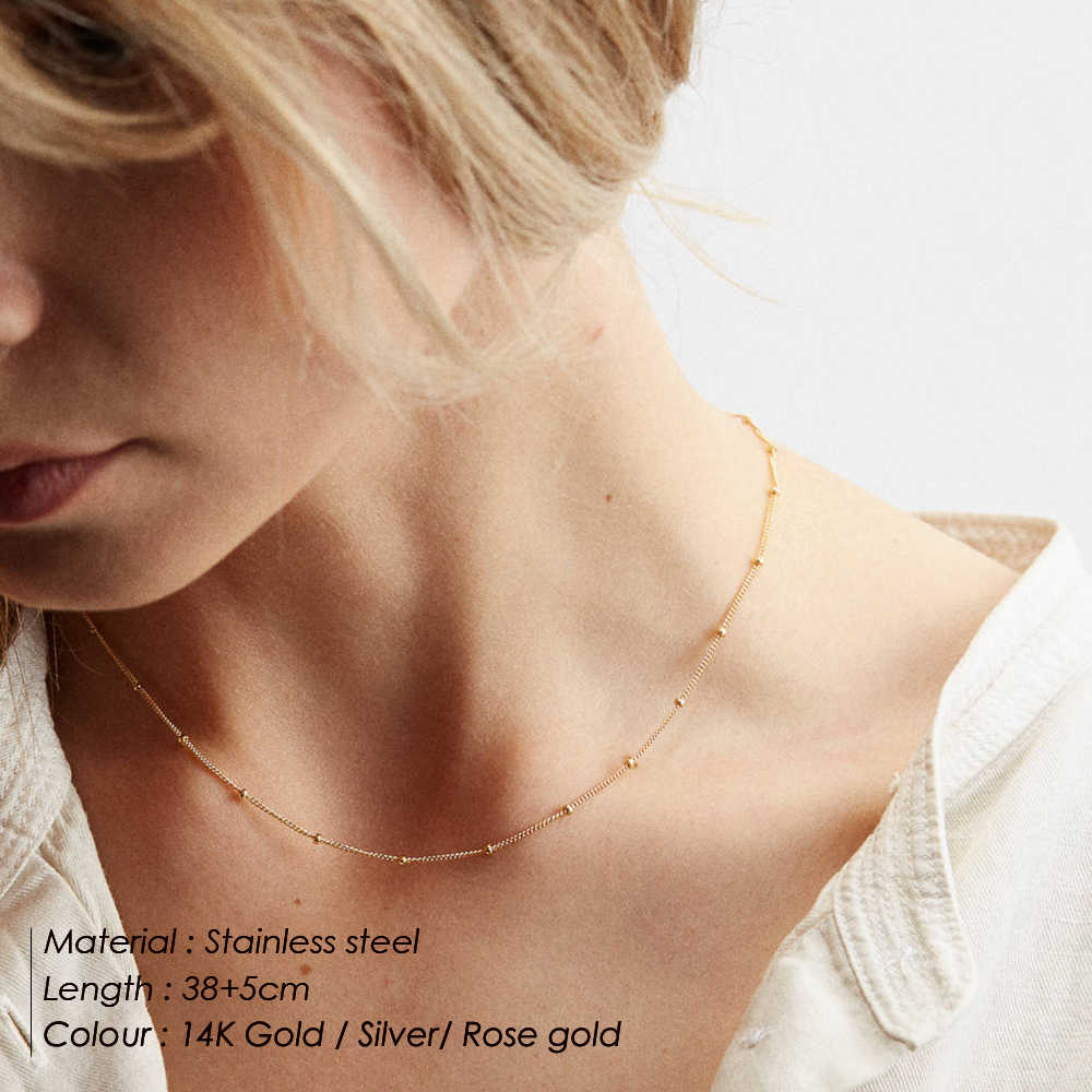 E マンコロングレイヤードネックレス女性の魅力のペンダントネックレスの女性シルバーチェーンステンレス鋼のネックレス
