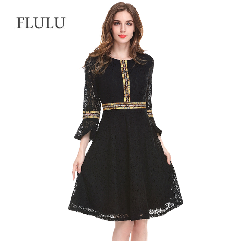 FLULU Autumn Women Dress 2018 Fashion Elegant Hollow Out Print Lace Dress Female Vintage Streetwear Party Dresses Plus Size 3XL
