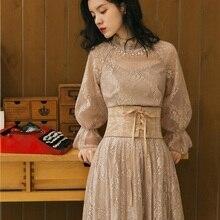 Ubei весеннее Новое винтажное платье во французском стиле с расклешенными рукавами, женское платье с высокой талией, тонкое кружевное длинное платье высокого качества