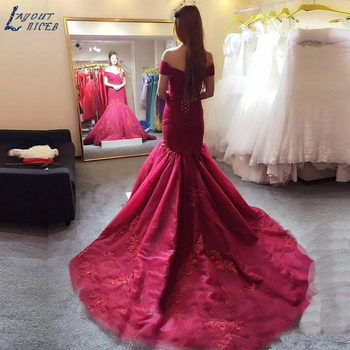 2018 Modest Burgundy Mermaid Evening Dresses Off Shoulder Beads Applique Formal Evening Party Gowns Court Train Pageant