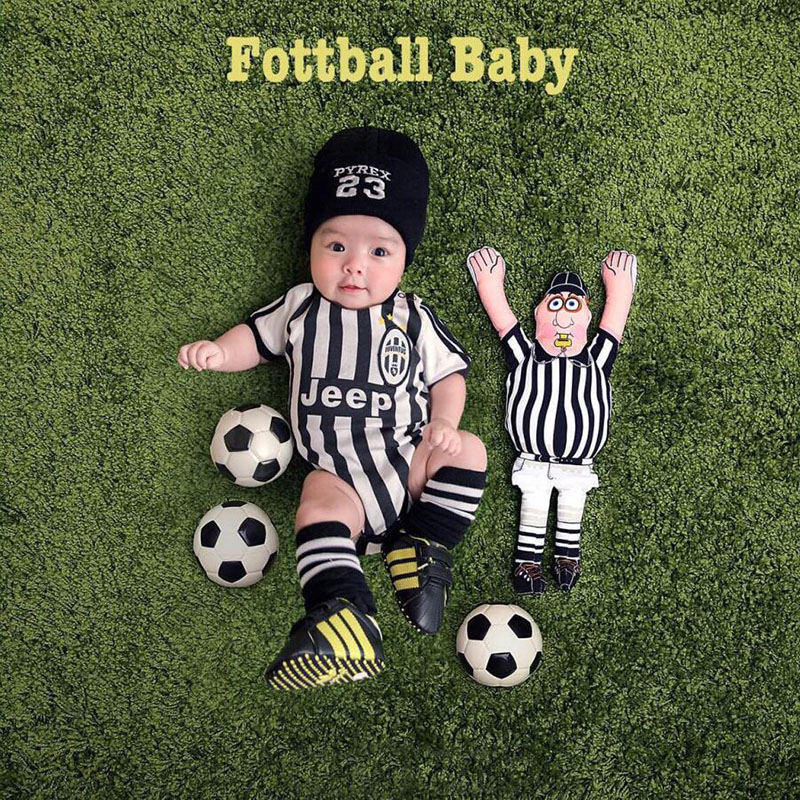 Baby Photography Props Football Themed Blanket Backdrop Clothes Set Tiny Baby Infant Picture Photo Shoot Outfits bebe fotografiaBaby Photography Props Football Themed Blanket Backdrop Clothes Set Tiny Baby Infant Picture Photo Shoot Outfits bebe fotografia
