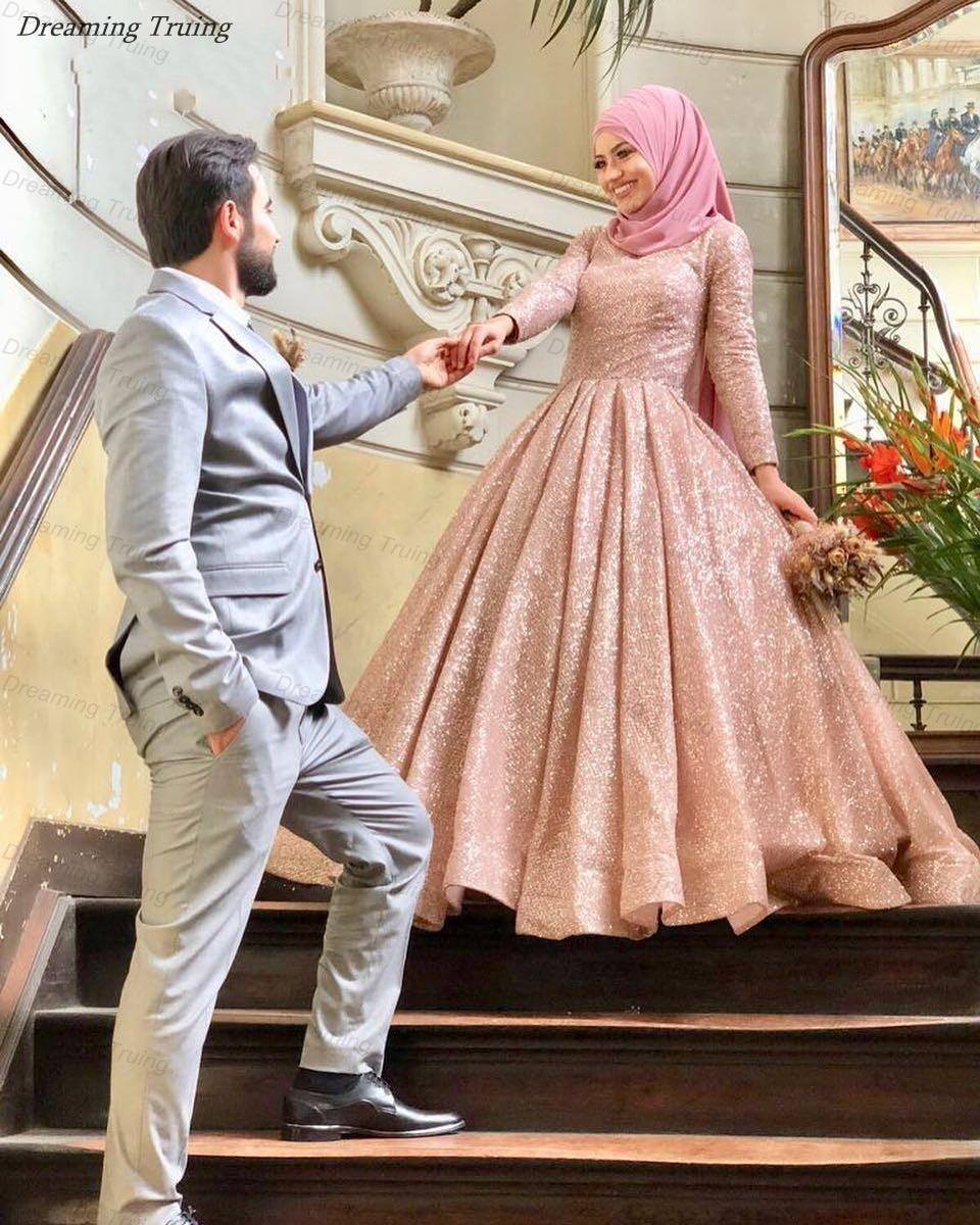 Paillettes scintillantes robes de mariée musulmanes rose avec Hijab arabe dubaï manches longues col haut robes de mariée robes de novia 2019