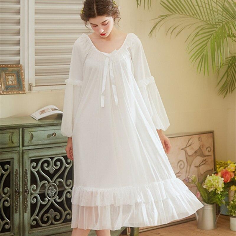 Femmes Lingerie longue chemise de nuit princesse femmes dentelle vêtements de nuit sexy femme gaze robe avec manches longues restauration vêtements de nuit robe