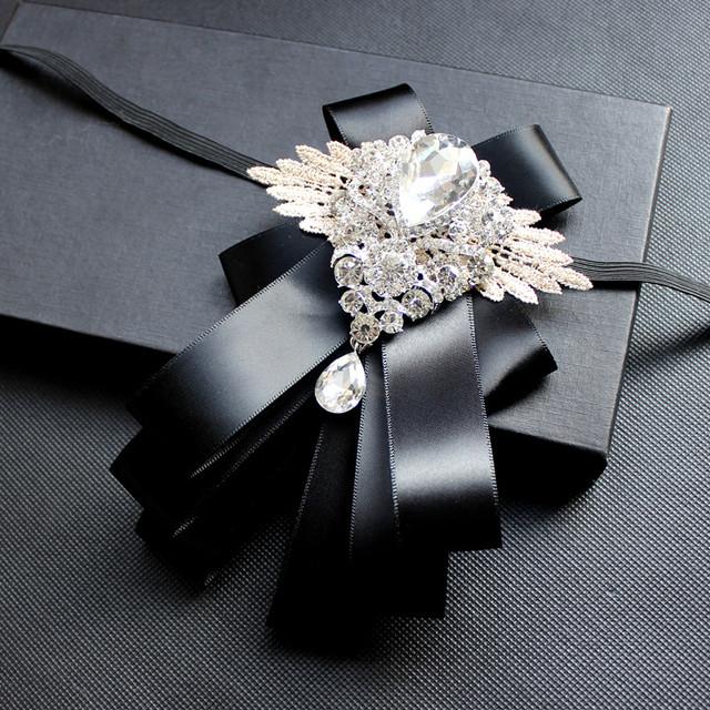 Frete grátis moda casuais masculino multilayer diamante colar de laço do casamento do noivo padrinho de casamento de casamento à venda